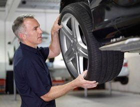 Mechanics - Glasgow, Scotland - Broadcroft Tyres & Exhaust Centre Ltd - Tyre Repair