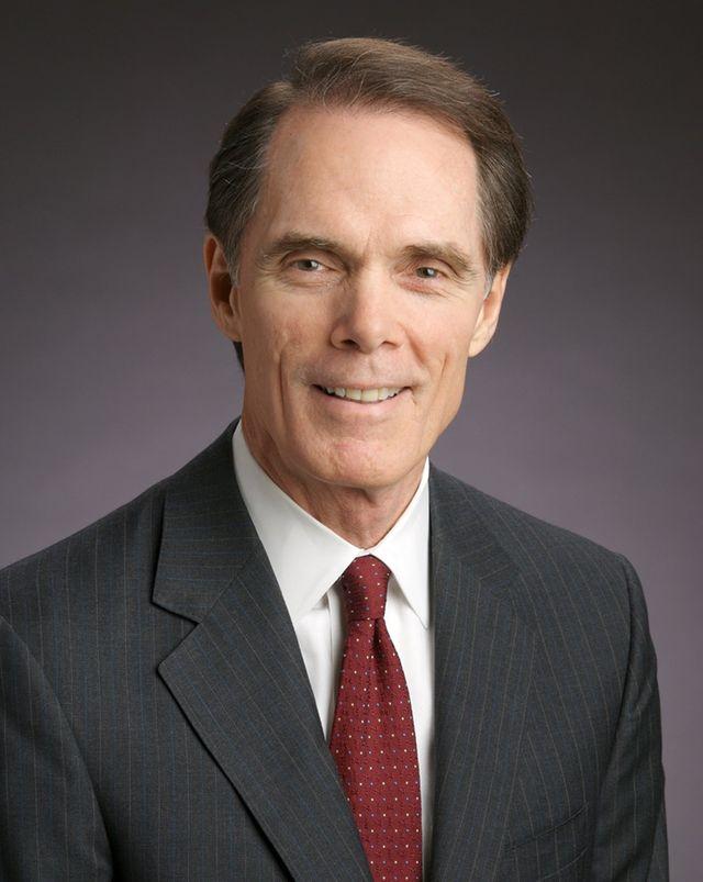 Dr. David E. Holsey