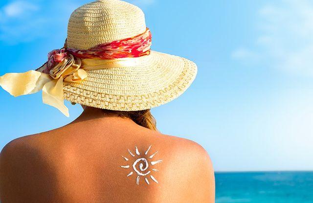 Sole disegnato con crema alla schiena