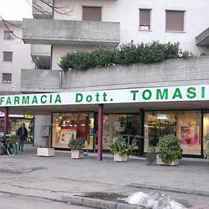 Esterno farmacia Tomasi ad Altavilla Vicentina