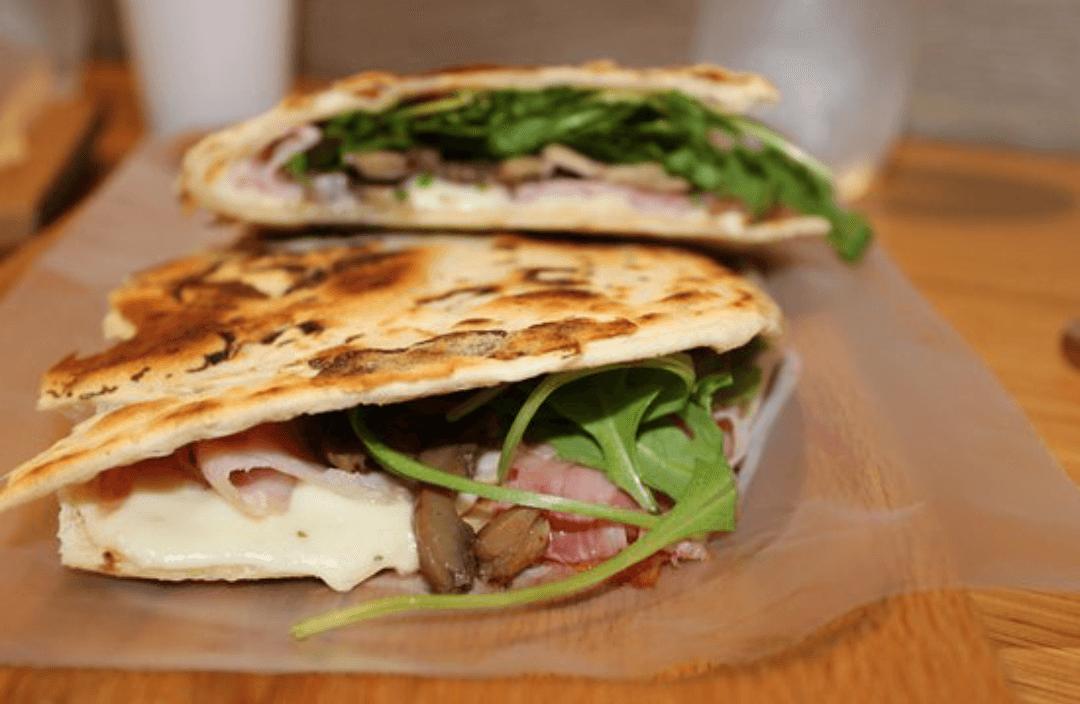 titolari della pizzeria e piadineria Gusto di Verona