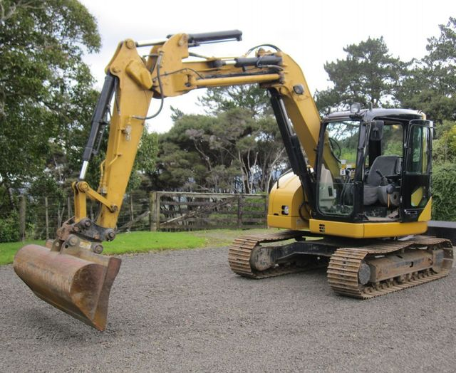 Digger available for excavator hire in Auckland