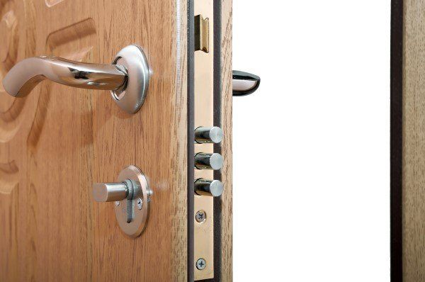 maniglia porta in argento