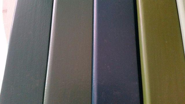 diversi colori di legno