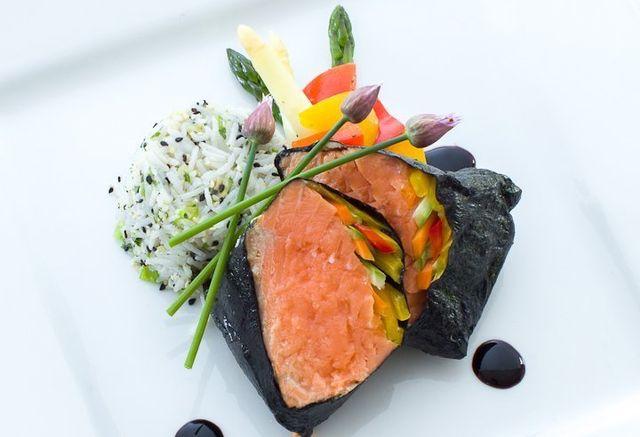 salmon sushi roll - executive cuisine