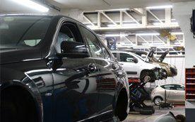 Qualified mechanics and staff