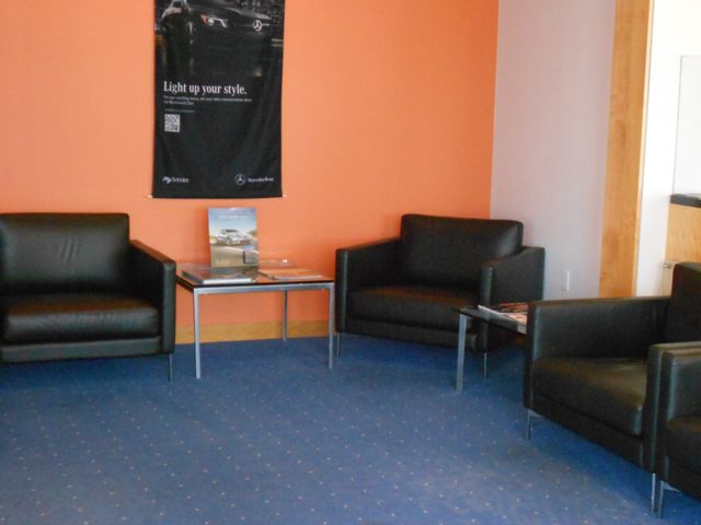 Carpet cleaning in a waiting room