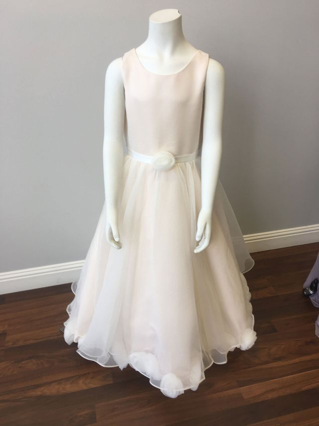 About Us Clothing Alterations Custom Bridal Gowns In Greensboro