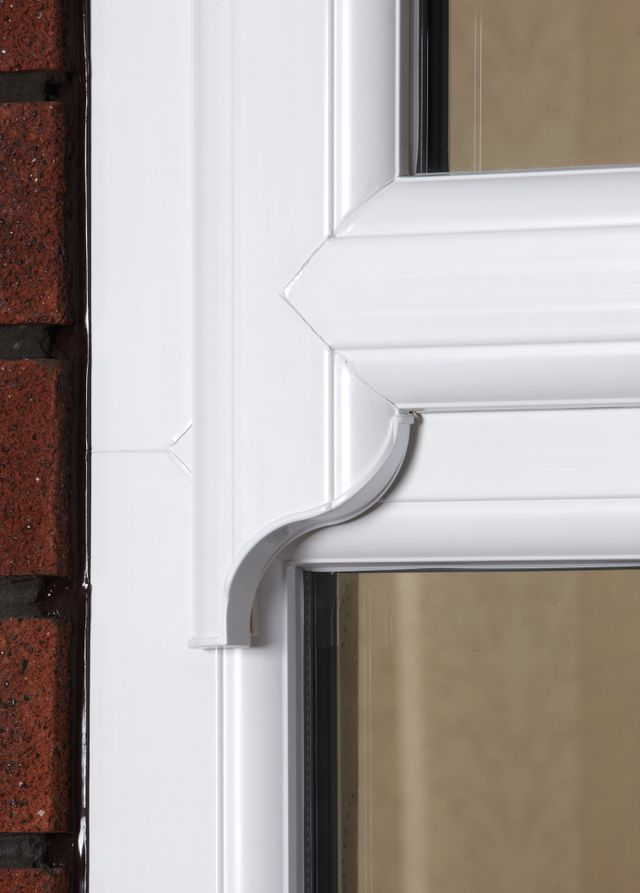 Sash Horn Detail