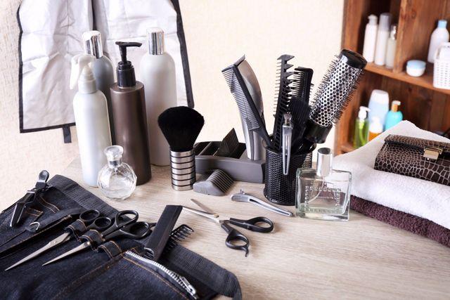 dell'attrezzatura da parrucchiere