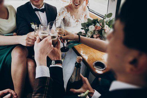 un brindisi agli sposi
