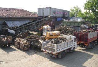 legna per stufe, bombole di gas, carbone da caldaia
