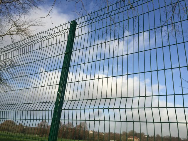 Blue wire security fencing