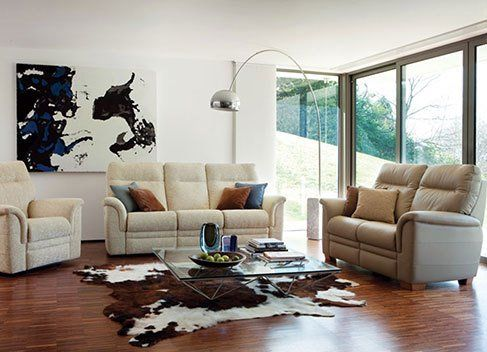 living room with animal print carpet