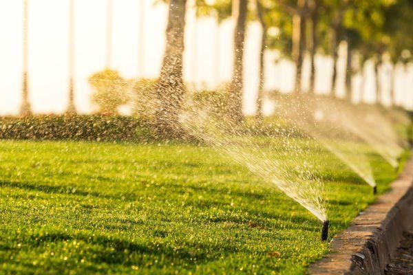 irrigatore in funzione