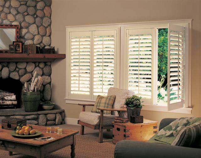 Blinds houston tx drapes shades and window treatments for Should plantation shutters match trim