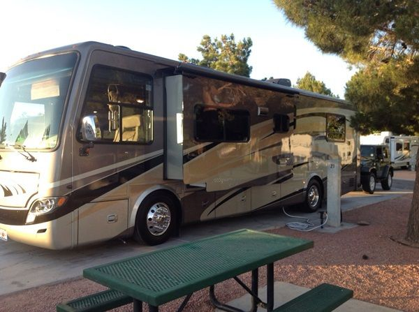 RV PARK in Big Bear Lake CA at Holloways Marina