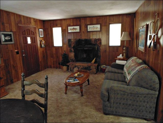 fully furnished cabin rental Big Bear Lake