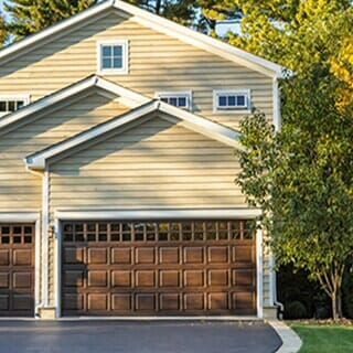 Charmant RESIDENTIAL GARAGE DOOR INSTALLATION AND REPAIR
