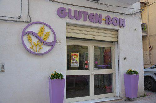 vetrina del negozio GLUTEN-BON