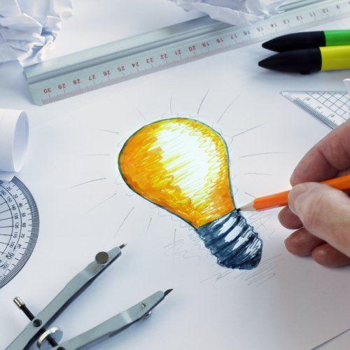 bozza di una lampadina per progetto di grafica pubblicitaria
