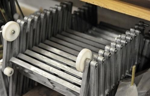 Scala retrattile in metallo