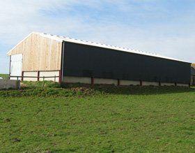 Steel frame structures - Llangattock, Crickhowell - Meyrick & Powell - Agricultural Buildings