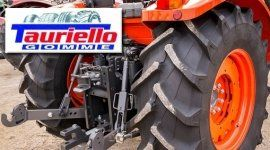 trattore con pneumatici TAURIELLO GOMME