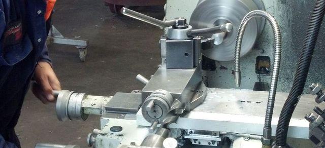 A machine lathe