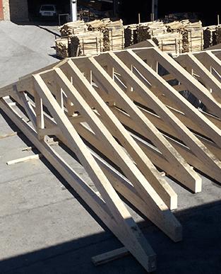 fornitura capriate in legno