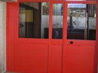 Porta di sicurezza rossa
