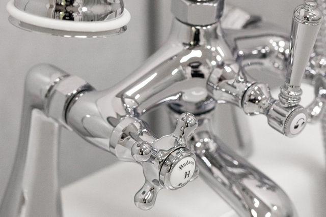 Edwards Bathroom Plumbing & Heating Supplies  Bathroom ...