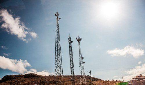 torri antenne satellitari di radiodiffusione