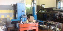cambio olio, riparazione freni, diagnosi auto