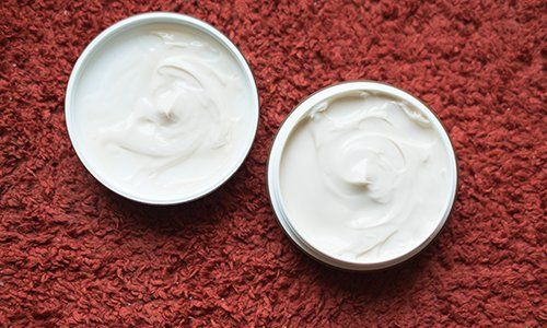 un barattolo di crema