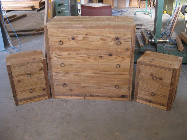 Produzione Mobili In Legno Riciclato : Mobili con bancali in legno riciclati idee estrose per la vostra casa