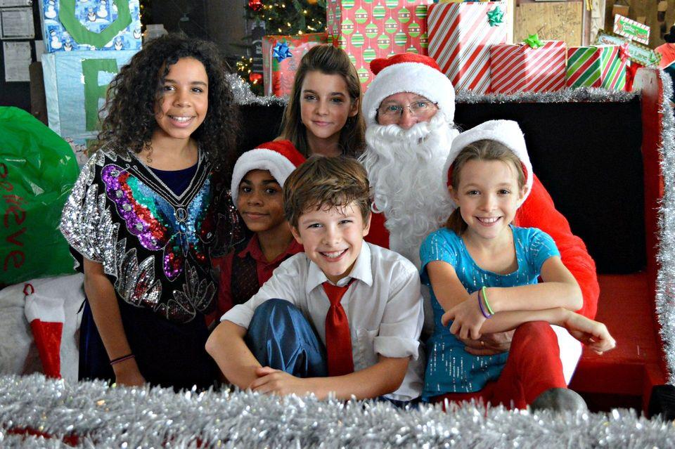 Flora Bama Christmas Potluck 2021 Christmas Holiday Fun On The Alabama Florida Gulf Coast