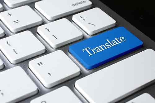 Computer-Tastatur für Sprachübersetzungen in Faenza, RA