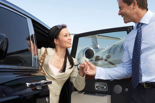 Airport Limo Service Seattle WA | SEA Airport Shuttle