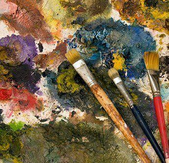 Work palet of Joan Eardly in Catterline