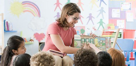 Kids play school