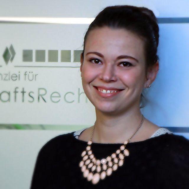 Elisabeth Bierich, Sekretariat / Empfang