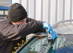 Car glass replacement team in Enterprise, AL