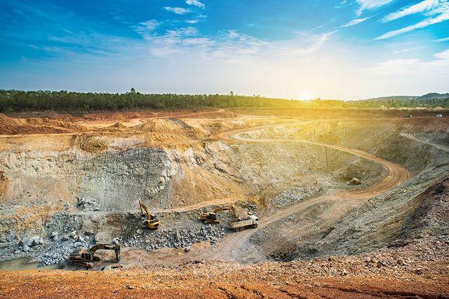 Vista di una miniera a cielo aperto
