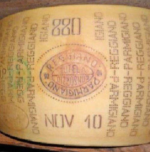 Parmigiano Reggiano al Calernese in Reggio Emilia