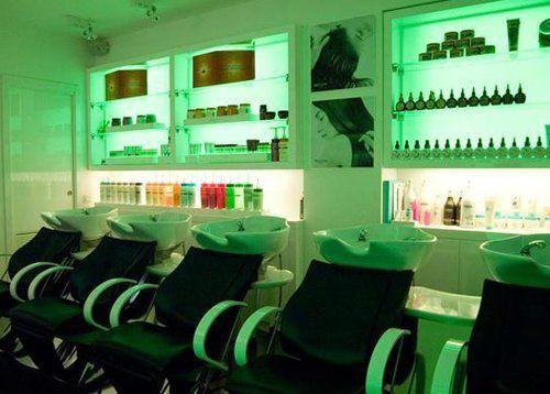 zona lavaggio capelli del salone