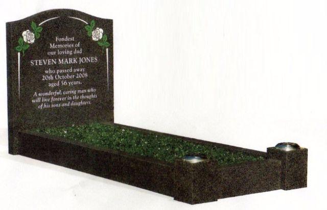 Kerbed memorial