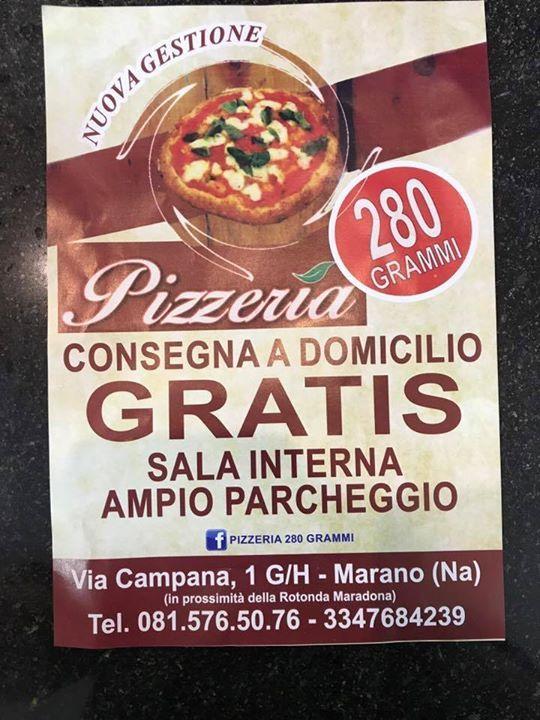 calzone con il menu della pizzeria 280 grammi