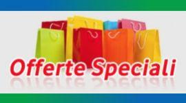 scritta offerte speciali, shopper colorati, prodotti in promozione