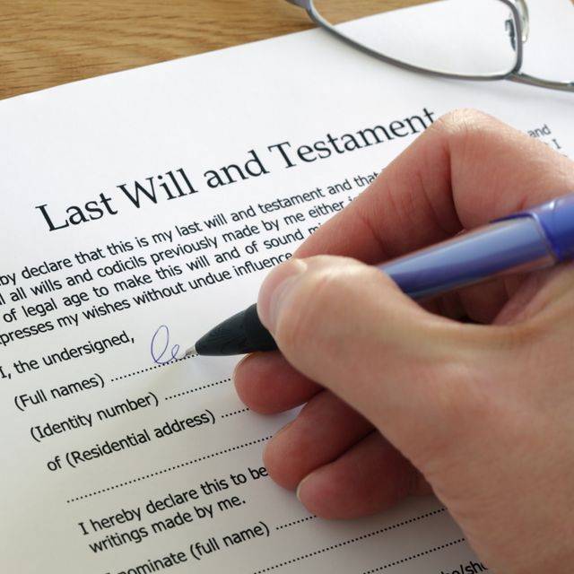 Signing the Last Will and Testament